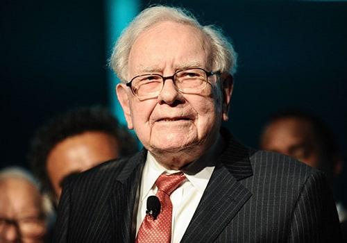 وارن بافت نظر افراد مشهور درباره بیت کوین